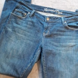 SOLD AEO women's size 14 short straight leg jeans
